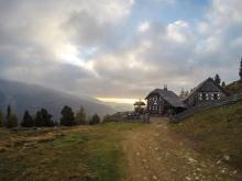 Grazerhütte mit Blick ins Krakautal